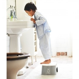 BabyBjorn - Treapta inaltator pentru baie - Step Stool
